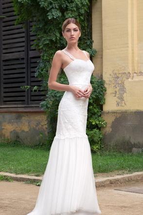 Vestit de núvia Angela by L'AVETIS