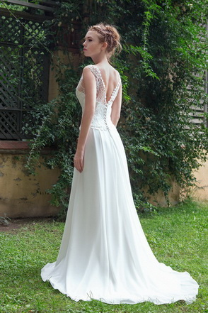 Wedding dress Aitana by L'AVETIS