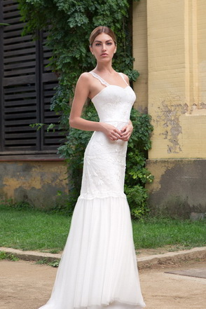 Wedding dress Angela by L'AVETIS
