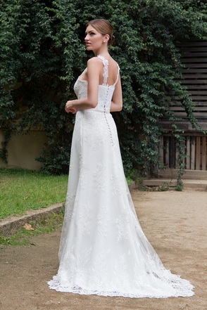 Wedding dress Cherilyn by L'AVETIS
