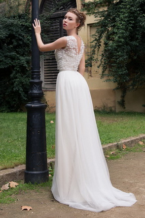 Wedding dress Emily-Jane by L'AVETIS