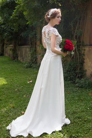 Wedding dress Kahire by L'AVETIS