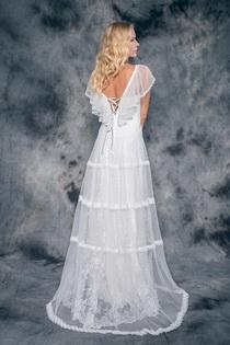 Vestit de núvia Adele by L'AVETIS