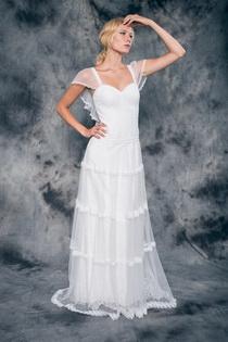 Wedding dress Adele by L'AVETIS