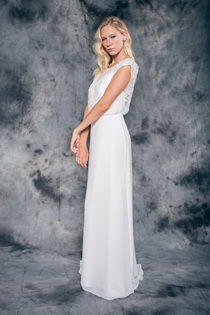Wedding dress Beatriz by L'AVETIS