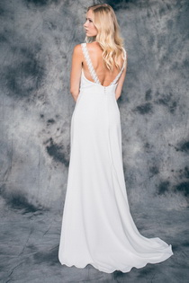 Wedding dress Dana by L'AVETIS