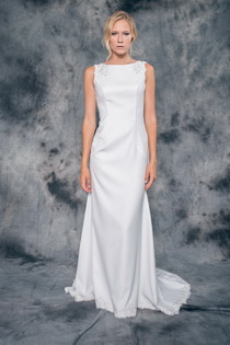 Wedding dress Taylor by L'AVETIS