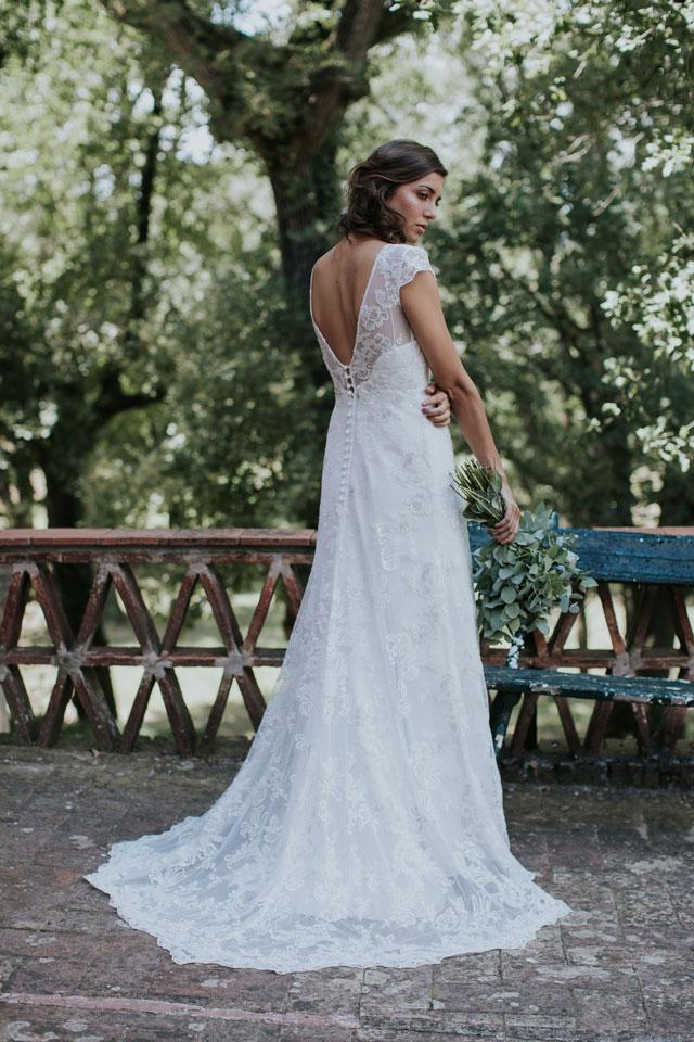Vestido de novia blanca by L'AVETIS
