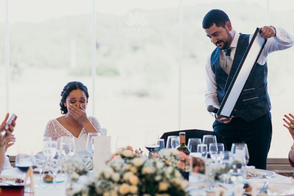 Sorpresa de Juanjo a Raquel en su boda en Ibiza